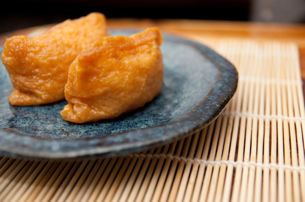 【コンビニで手軽に買える!】筋肉疲労に効果的ないなり寿司!